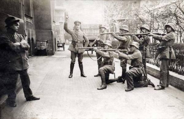 4-german-soldiers-excecute.jpg